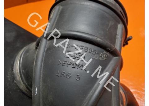 Резонатор воздушного фильтра Mazda CX-9 3.5L (06-12 гг)