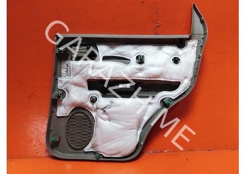Обшивка задней левой двери Ford Escape 2 (08-12 гг)