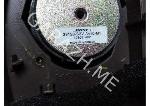 Крышка зеркала внутренняя с динамиком левая Acura MDX YD1 (01-06 гг)