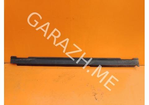 Накладка порога правая Acura MDX YD1 (01-06 гг)