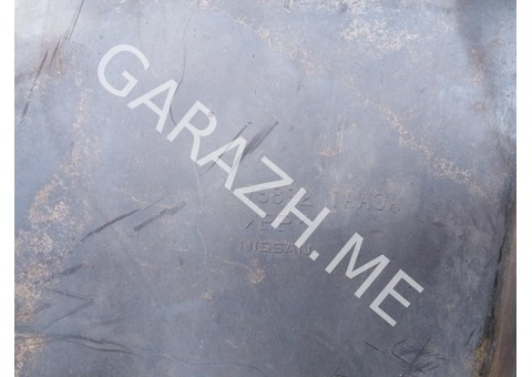 Пыльник двигателя центральный Nissan Murano Z51 (08-12 гг)