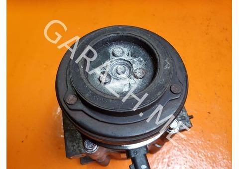 Компрессор кондиционера Ford Explorer 4 4.0L (06-10 гг)