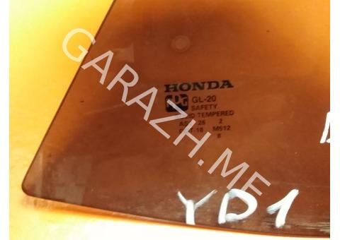 Форточка задней правой двери Acura MDX YD1 (01-06 гг)