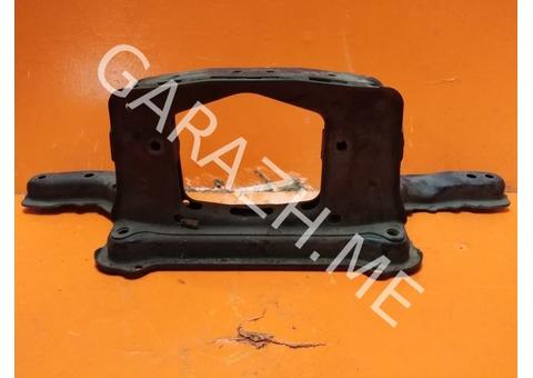 Подрамник задний Ford Escape (01-07 гг)