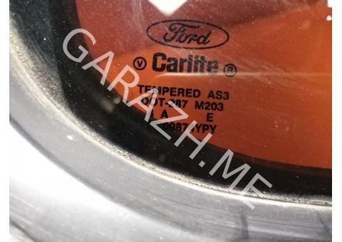 Форточка задней правой двери Ford Explorer 3 (01-05 гг)