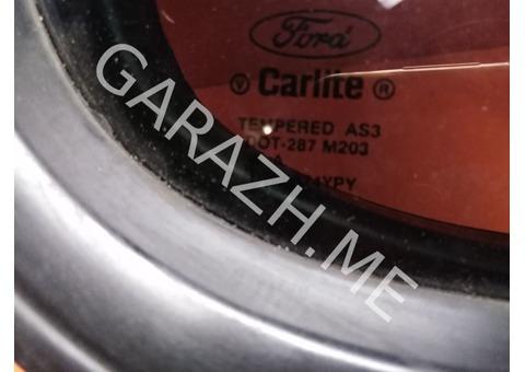 Форточка задней правой двери Ford Explorer 4 (06-10 гг)