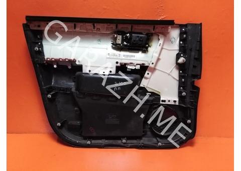 Обшивка передней правой двери  Honda Pilot 2 (08-15 гг)
