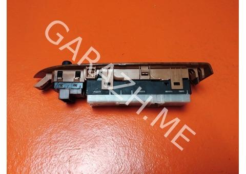 Блок управления стеклоподъемниками водительской двери Nissan Murano Z51 (08-15 гг)