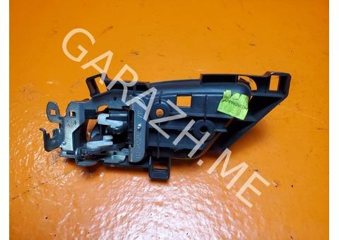Салонная ручка задней правой двери Acura MDX YD2 (07-12 гг)