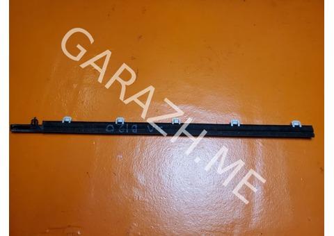Накладка стекла задней левой двери Acura RDX TB1 (06-12 гг)