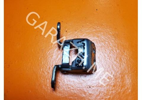 Верхняя петля задней левой двери Acura RDX (06-12 гг)