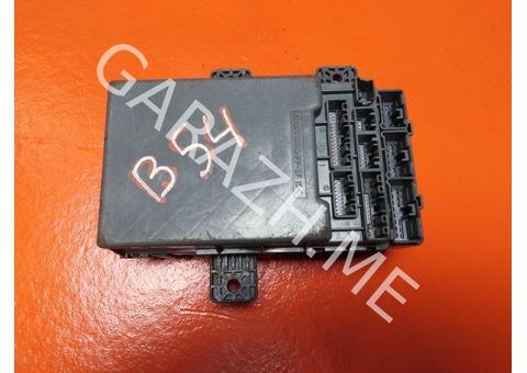 Блок предохранителей салонный Acura RDX 2.3L (06-12 гг)