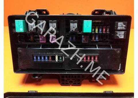 Блок предохранителей подкапотный Acura MDX YD2 3.7L (07-10 гг)