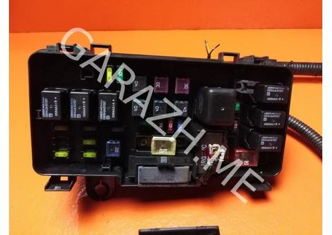 Блок предохранителей подкапотный Acura MDX YD1 3.5L (03-06 гг)