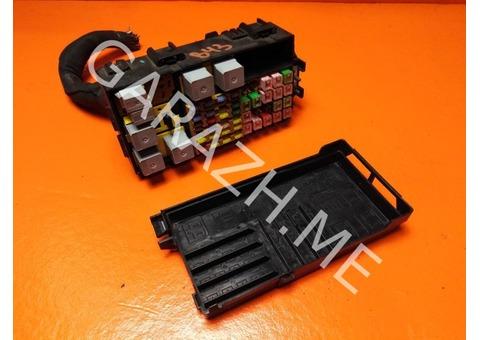 Блок предохранителей подкапотный Ford Explorer 4 4.6L (06-10 гг)