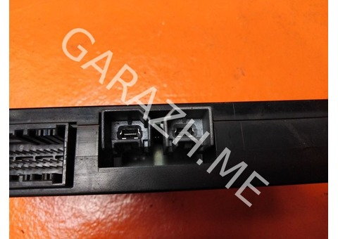 Блок электронный Ford Escape 2 (08-12 гг)
