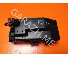 Блок предохранителей подкапотный Jeep Grand Cherokee WK1 3.7L (05-10 гг)
