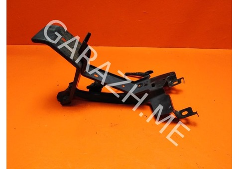 Кронштейн замка капота Mazda CX-9 (06-12 гг)