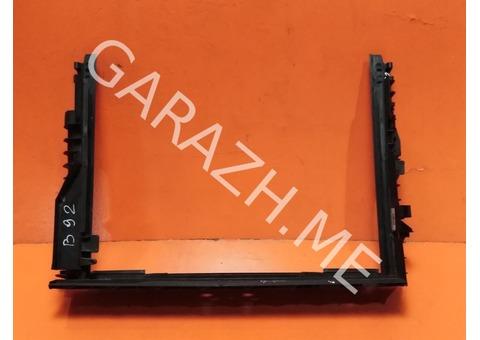 Рамка радиатора BMW E60 (02-10 гг)