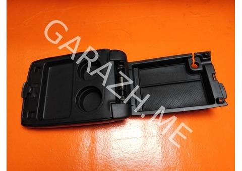 Крышка подлокотника Acura MDX YD1 (01-06 гг)