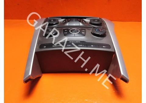 Накладка магнитолы Ford Explorer 5 (11-15 гг)