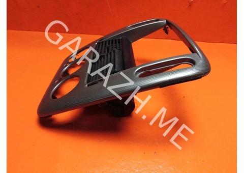 Накладка магнитолы Ford Explorer 3 (01-05 гг)