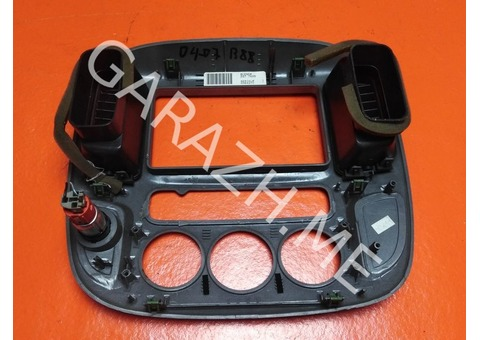 Накладка магнитолы Ford Escape (01-07 гг)