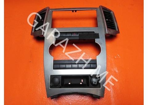 Накладка магнитолы Jeep Grand Cherokee WK1 (08-10 гг)