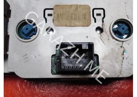 Блок управления отопителем салона Ford Explorer 3 (01-05 гг)