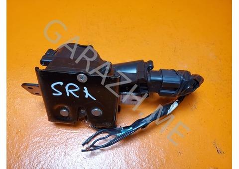 Замок крышки багажника Cadillac SRX 2 (10-15 гг)