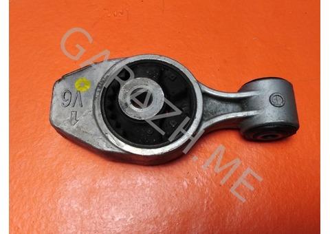 Подушка двигателя правая Nissan Pathfinder R52 (12-16 гг)