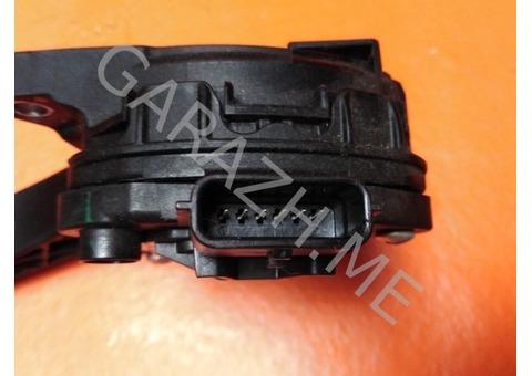 Педаль газа Nissan Pathfinder R52 3.5L (12-16 гг)