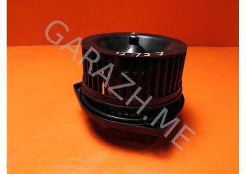 Вентилятор отопителя салона задний Nissan Pathfinder R52 (12-16 гг)