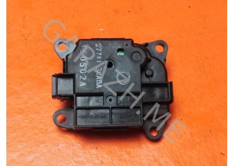 Моторчик заслонки отопителя Nissan Pathfinder R52 (12-16 гг)