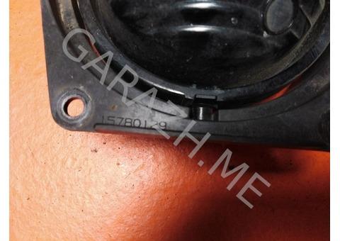 Фара противотуманная правая Hummer H3 (05-10 гг)