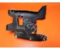 Кронштейн накладки заднего бампера правый Hummer H3 (05-10 гг)