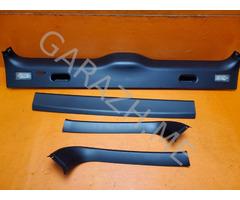 Обшивка двери багажника BMW X5 E53 (99-06 гг)