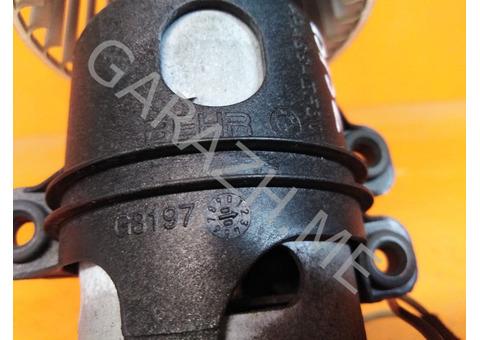 Вентилятор отопителя салона задний BMW X5 E70 (07-10 гг)