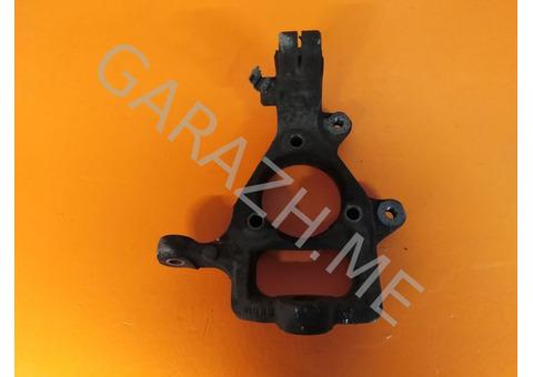 Кулак поворотный передний правый Hummer H3 (05-10 гг)