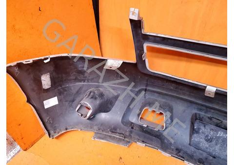 Бампер передний Chevrolet Tahoe 3 (07-12 гг)