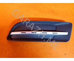 Решетка в бампер левая Mazda CX-9 (06-12 гг)