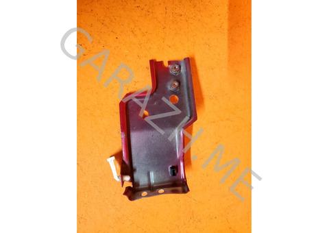 Кронштейн переднего бампера левый Ford Escape (01-07 гг)