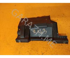 Кронштейн крепления заднего бампера правый Land Rover Freelander 2 (06-10 гг)