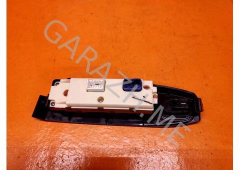 Блок управления стеклоподъемниками Hummer H3 (05-10 гг)