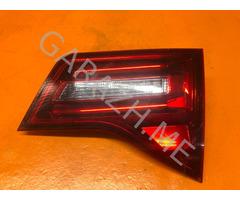 Фонарь задний правый в крышку багажника Acura MDX YD2 (09-12 гг)