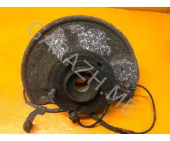 Кулак поворотный передний левый Jeep Compass MK49 (10-13 гг)