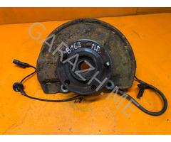 Кулак поворотный передний правый Jeep Compass MK49 (10-13 гг)