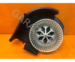 Вентилятор отопителя салона BMW X5 E70 (07-10 гг)