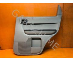 Обшивка задней правой двери Ford Escape 2 (08-12 гг)