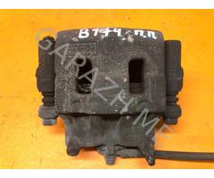 Суппорт передний правый Ford Edge 3.5L (10-14 гг)